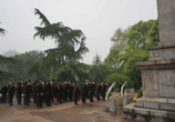 清明追思,緬懷英烈——黃鶴樓公園舉辦清明祭英烈活動