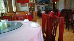 旅行社餐厅就餐一角