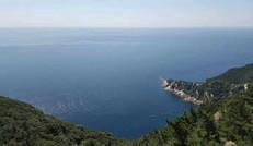度假村周邊的安靜的大海