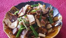 香桂炒腊肉