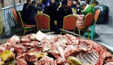 年味浓刨猪汤宴