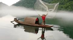 东江湖的捕鱼者
